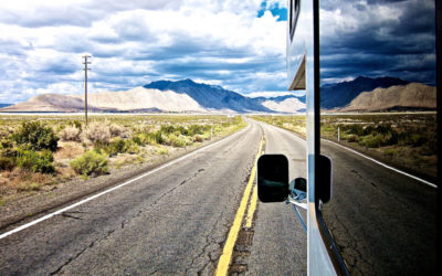 12 Crazy Things You Never Knew About Living in an RV (Images)