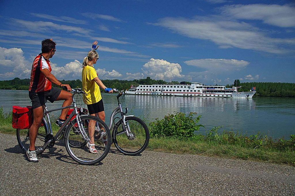 cycling in danube